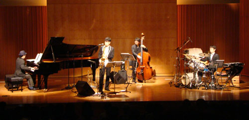 concert_3-1.jpg